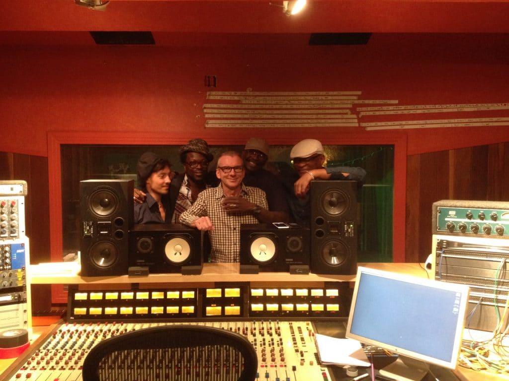 "Au ""Bank Studio"" avec Fab, Ulrich""Yul""Edorh, Gerard Murphy, Arnold McCuller, M. Gu."